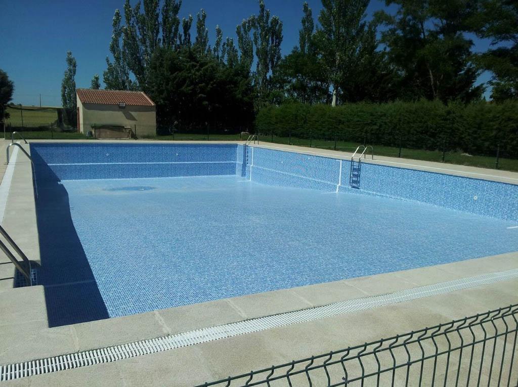 Piscinas de hormigon construccin piscinas hormign armado for Piscinas hormigon proyectado